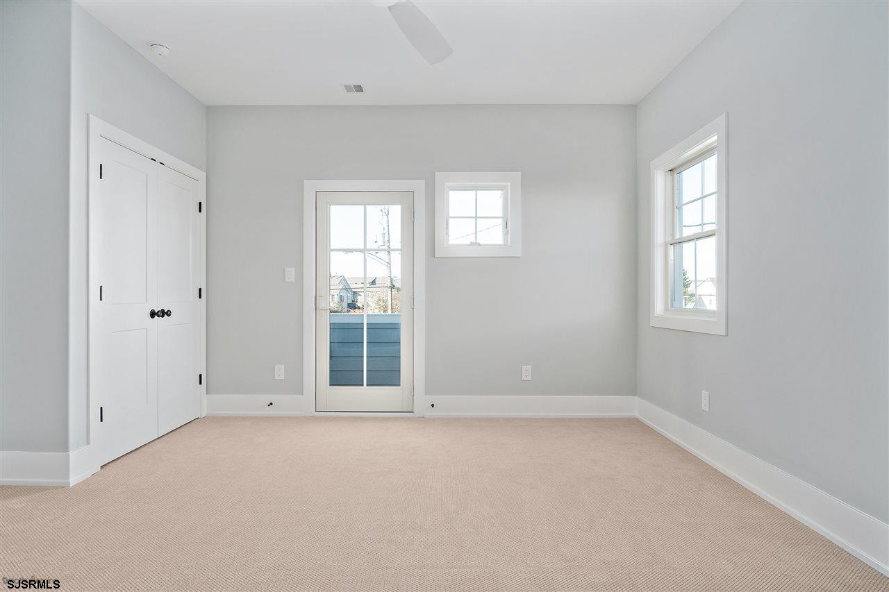 501 Gull Road - Picture 12
