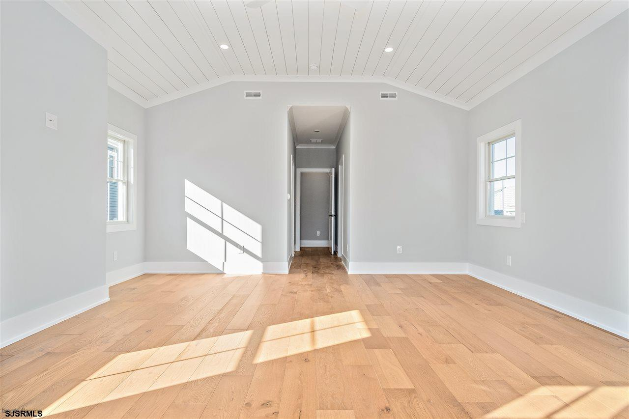 501 Gull Road - Picture 18