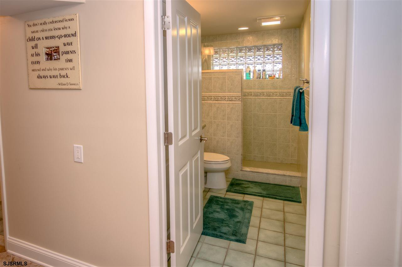 3614 Wesley Avenue - Picture 19