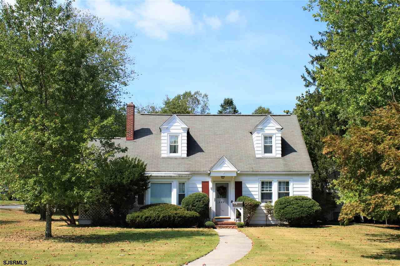 Traditional Cape Cod in turn key condition on an extra large, corner lot in Egg Harbor City! Origina