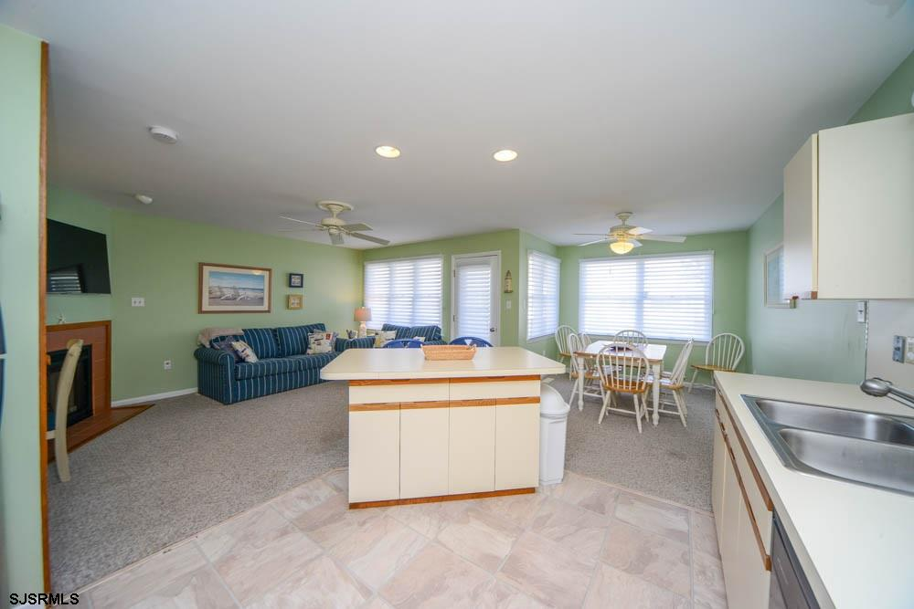 3837 Asbury - Picture 11