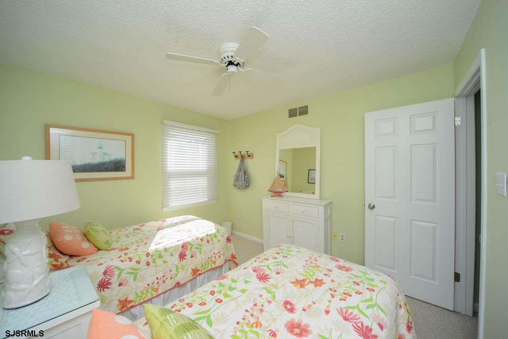 3837 Asbury - Picture 17