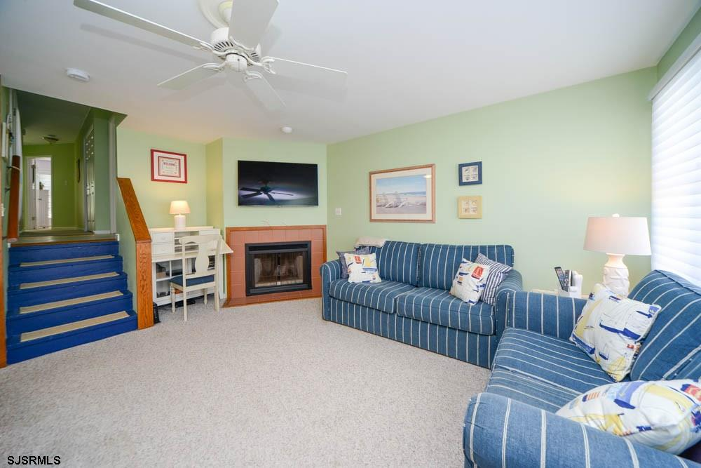 3837 Asbury - Picture 4