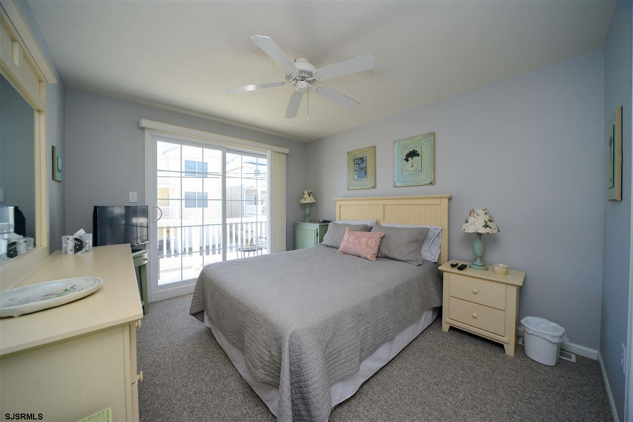 812 1st Street - Picture 12