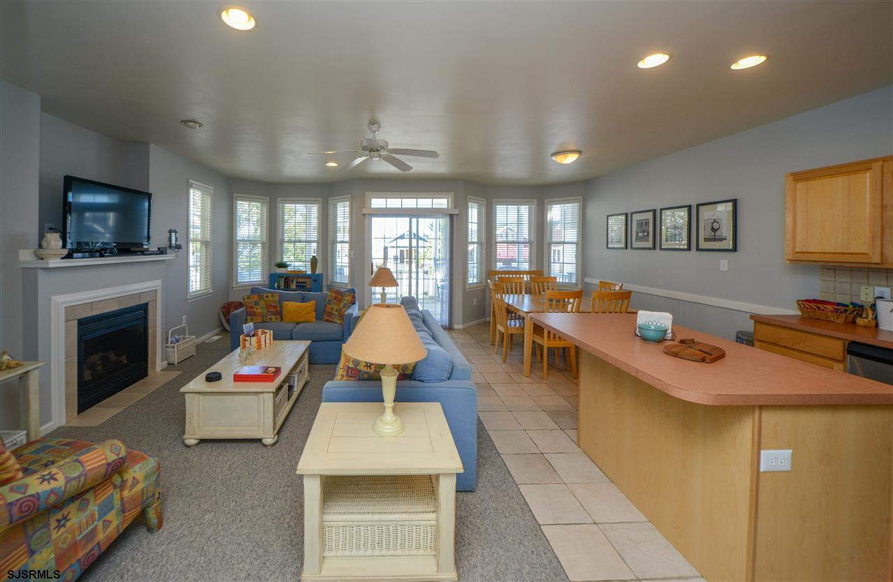 812 1st Street - Picture 6