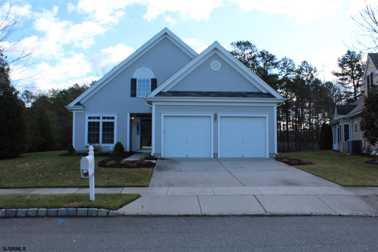 Make your appointment today to see this Brookhaven Model located in the very popular Village Grande