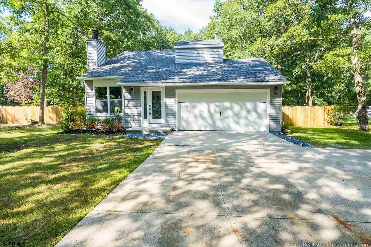 You'll love this completely renovated three bedrooms 2.5 bath & 2 car garage single-family home in G