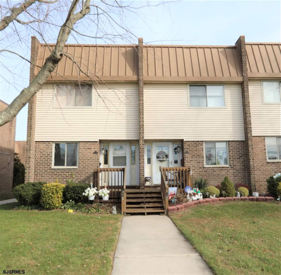 Lovely 2 bedroom 1.5 bath townhome for SALE!! Features two large bedrooms with tons of closet space,