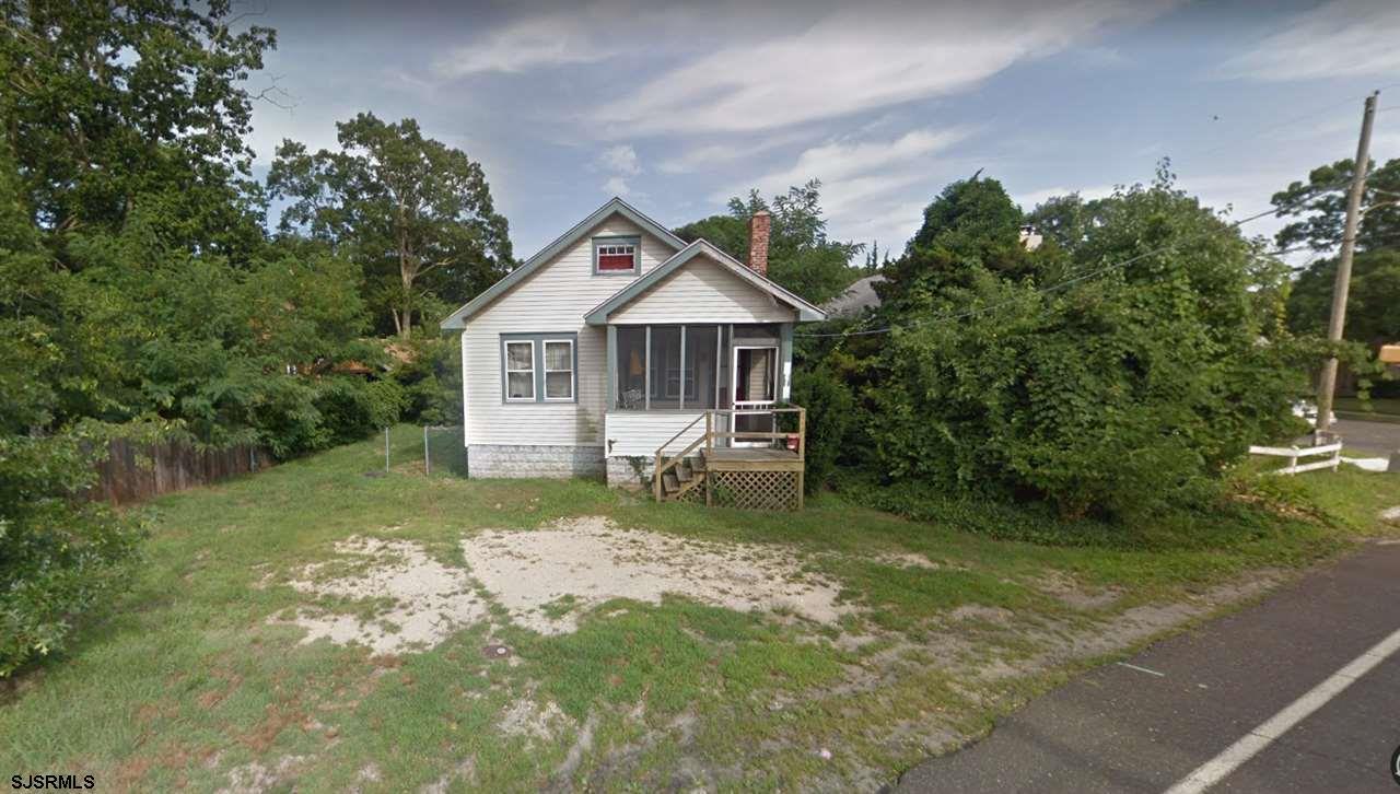 2 Bedroom, 1 Bathroom, Dining Room, Living Room, Kitchen, Front Porch, Back Porch, Walk-up Attic Par
