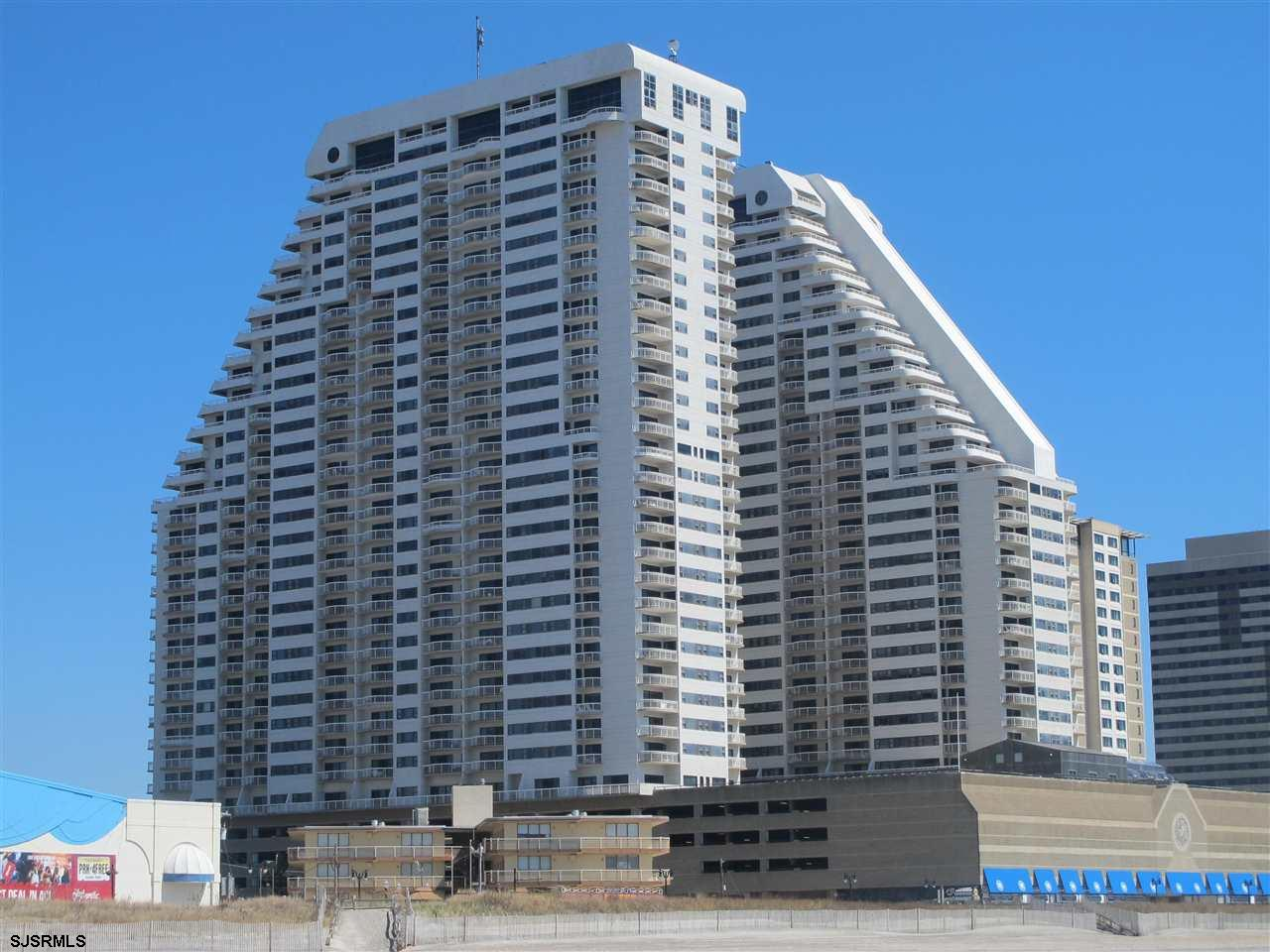 This 9th Floor, 1 Br, 1.5 Ba. has MANY fabulous extra features. It is a Tahoe model, 1060 sq. ft.  A