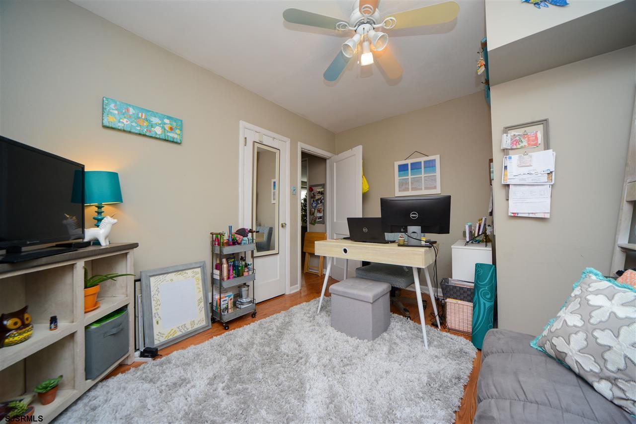 308 Simpson Avenue - Picture 11