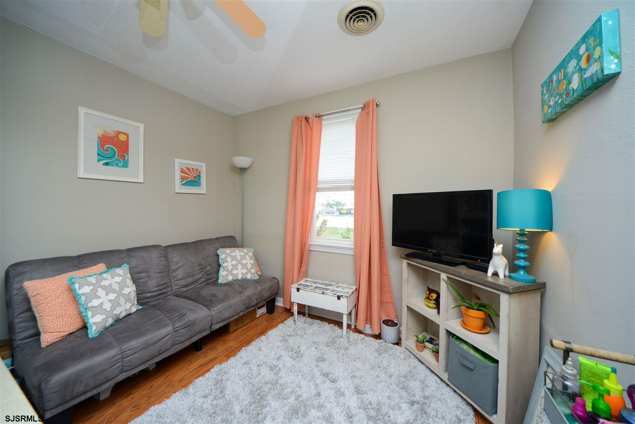 308 Simpson Avenue - Picture 6