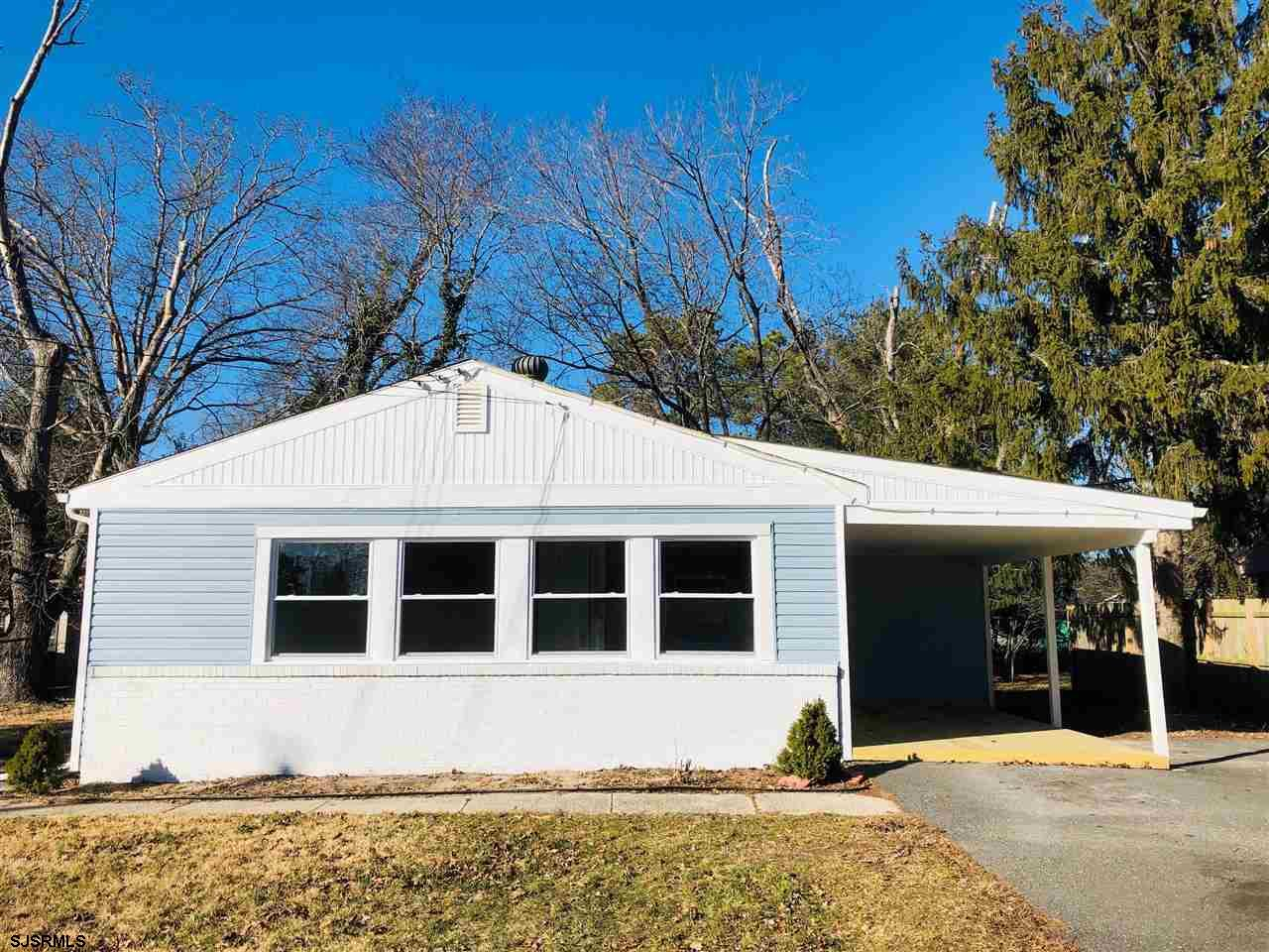 Fully remodeled! This three bedroom one bath ranch style home features: New vinyl siding, new window