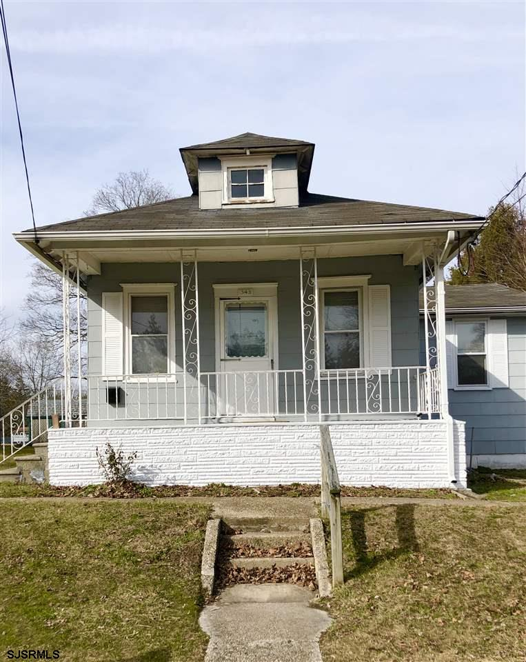 Why rent when you can OWN for LESS!  Cozy bungalow located on a quiet street, located close to the t