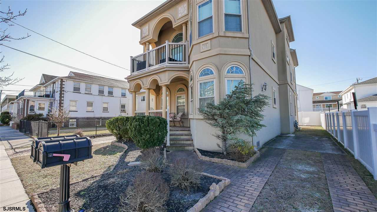 This beautiful south side Margate condo is your perfect shore house getaway. Not only is it less tha