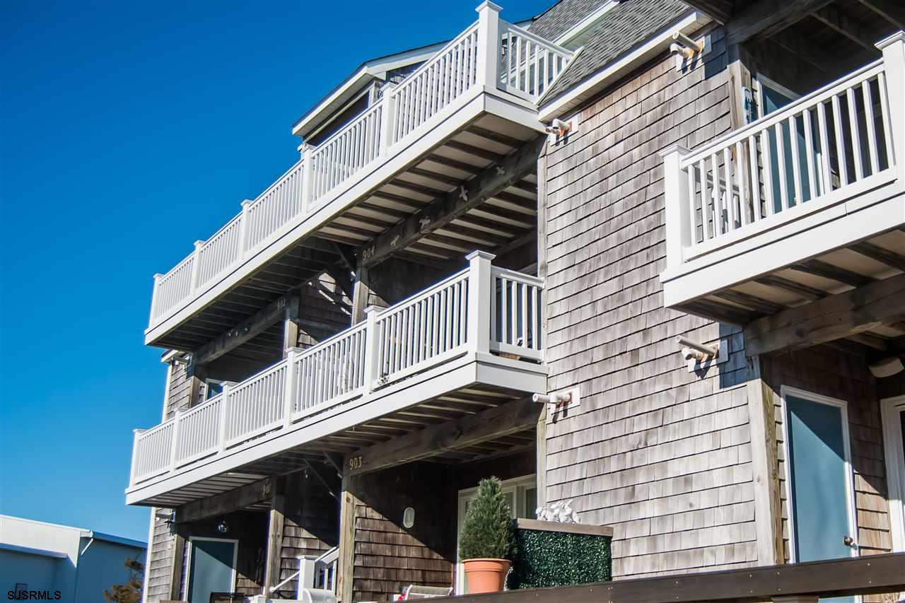 Located on the Bay in Somers Point with beautiful views of the bay, convenient to Ocean City and Lon