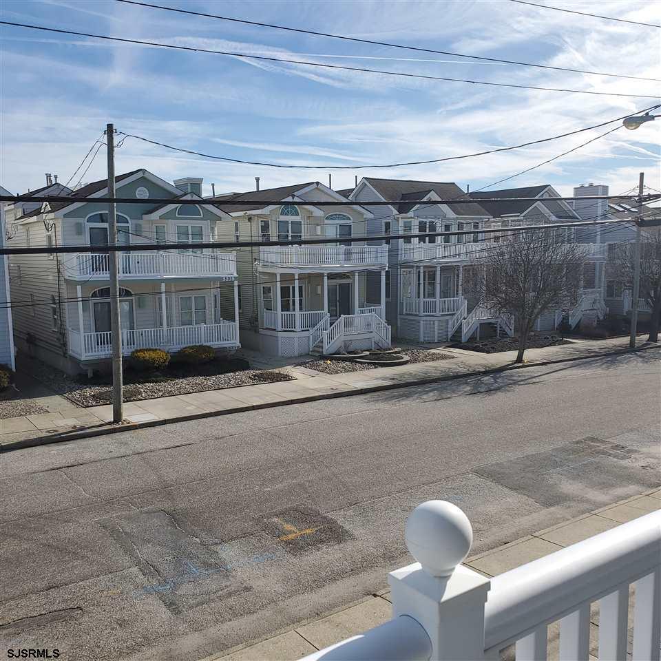 5234 Asbury Avenue - Picture 3