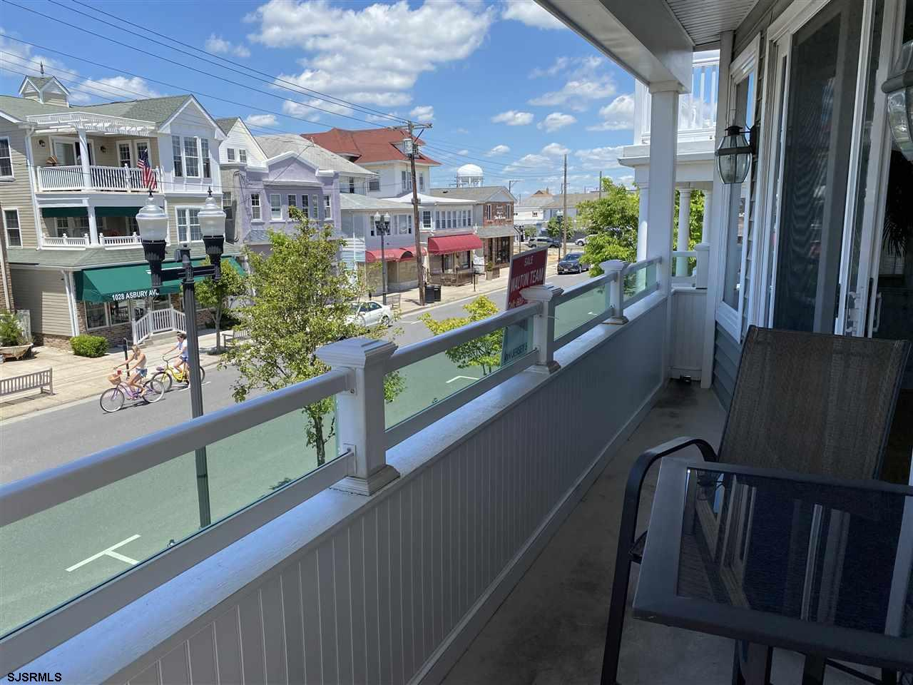 1035 Asbury Avenue - Picture 16