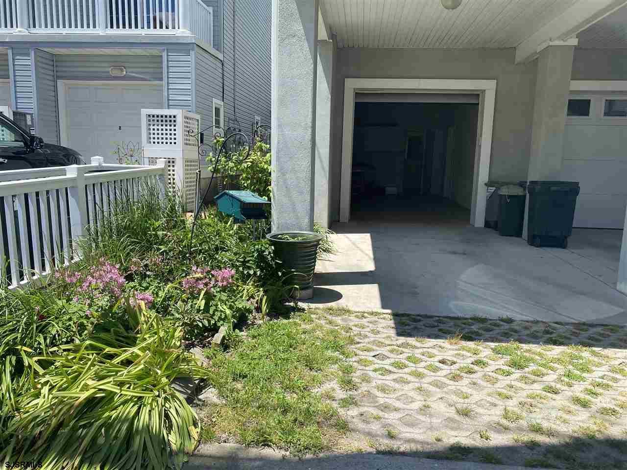1035 Asbury Avenue - Picture 22