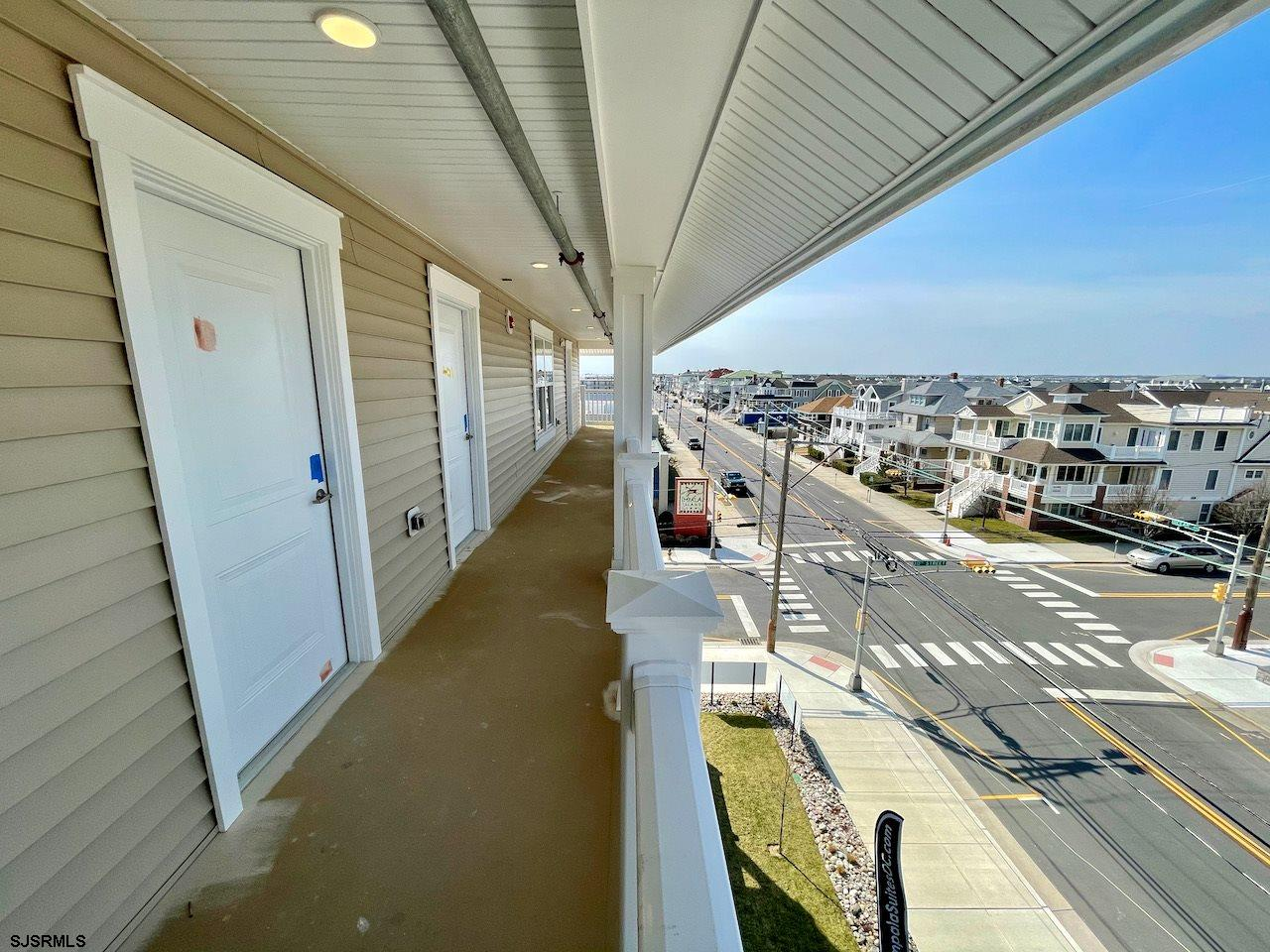 719 10th Street - Picture 2