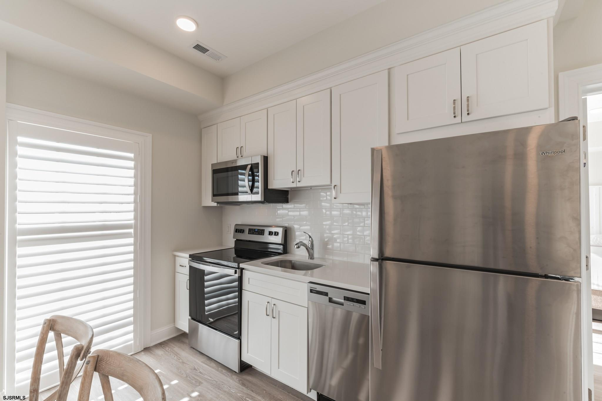 719 10th Street - Picture 10