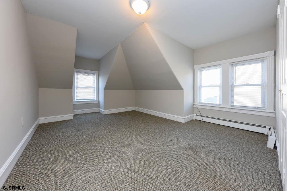 829 Fourth Street - Picture 22