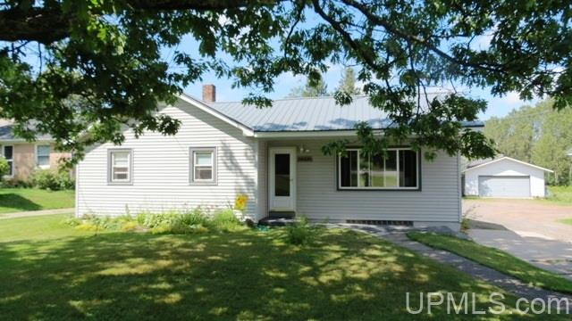 3992 W US2, Iron River, MI 49935