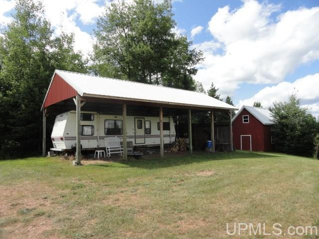 3588 N County Line Rd, Trout Creek, MI 49967