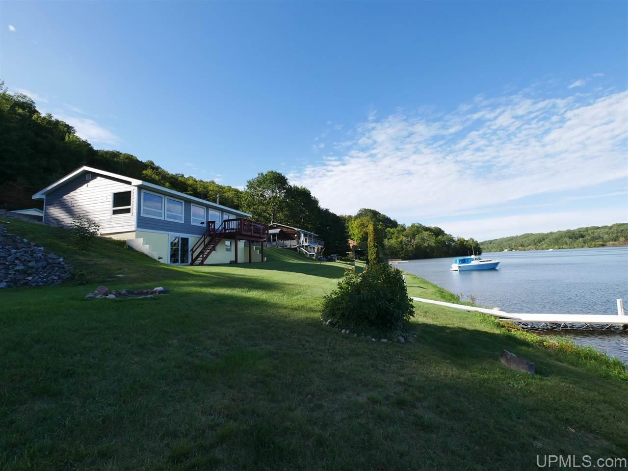 49186 Canal Rd, Houghton, MI 49931