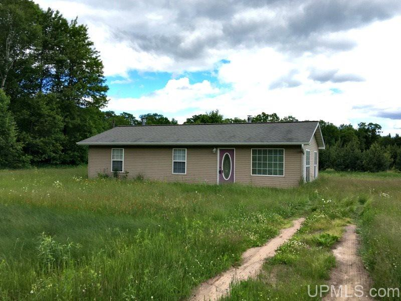 N19434 County Line Rd, Armstrong Creek, WI 54103