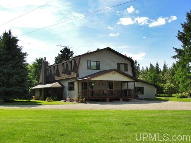 W7592 E 26th Rd, Crivitz, WI 54114