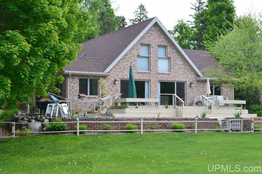 261 Wilderness Way, Crystal Falls, MI 49920
