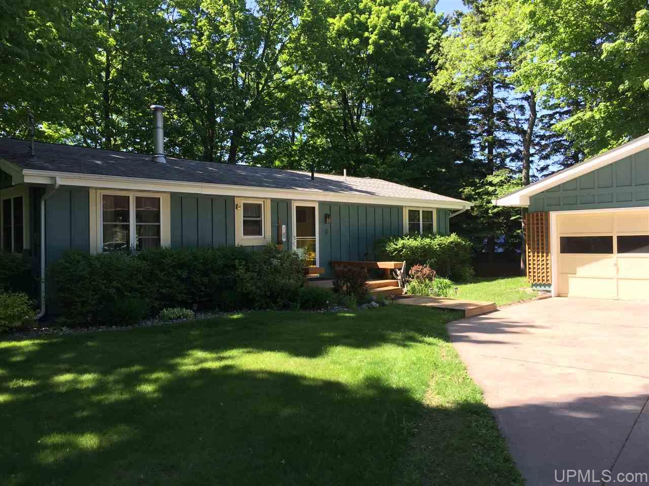 homes for sale and marquette mi real estate listings and info