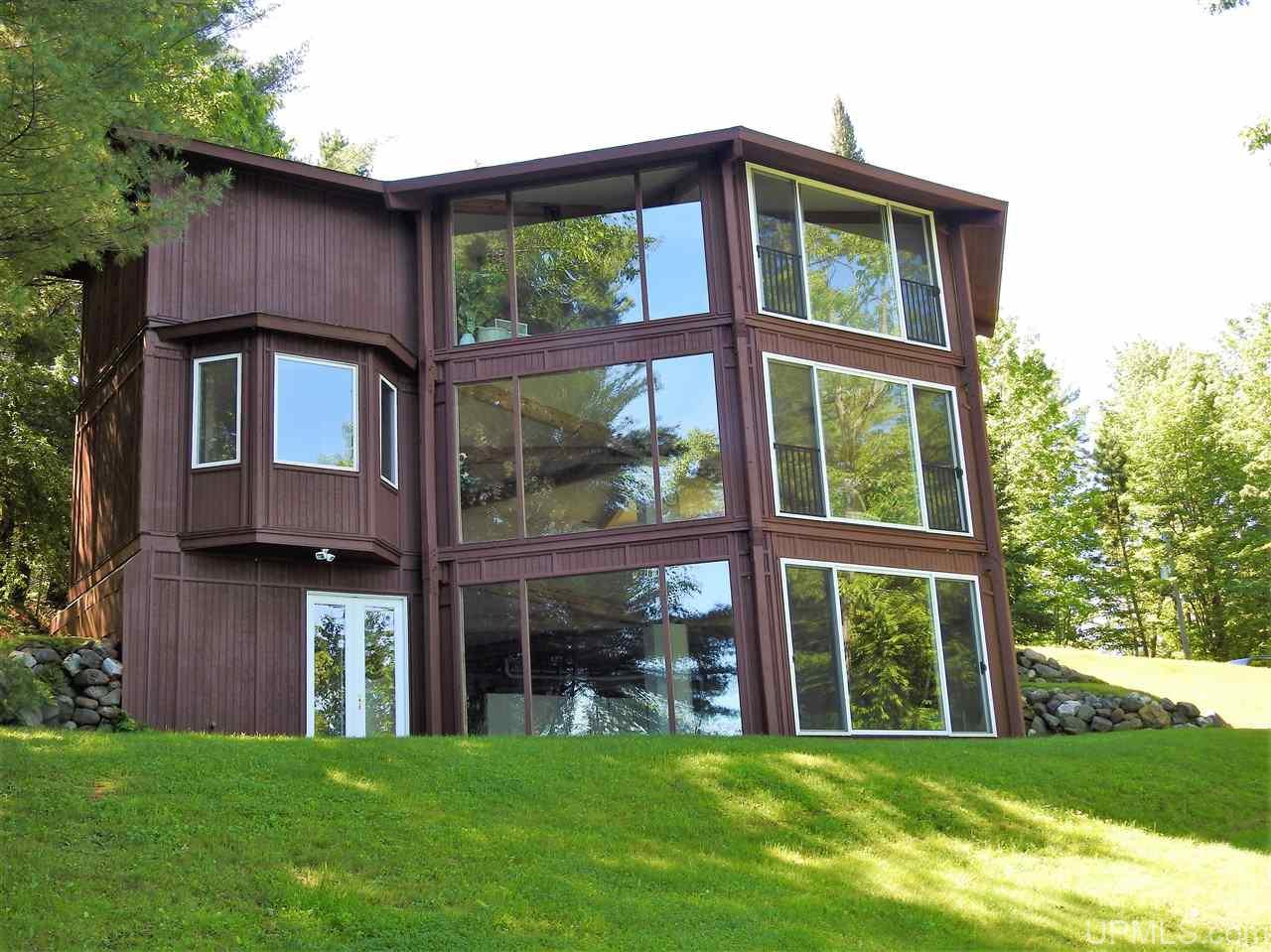 W4998 Balsam Dr, Florence, WI 54121