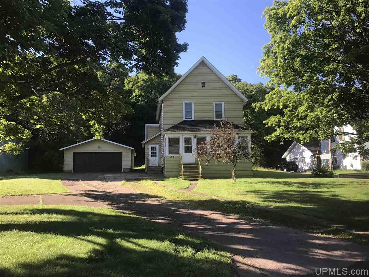 170 Bluff, Ishpeming, MI 49849