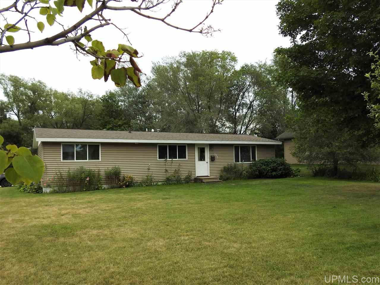 133 Quinnesec, Florence, WI 54121