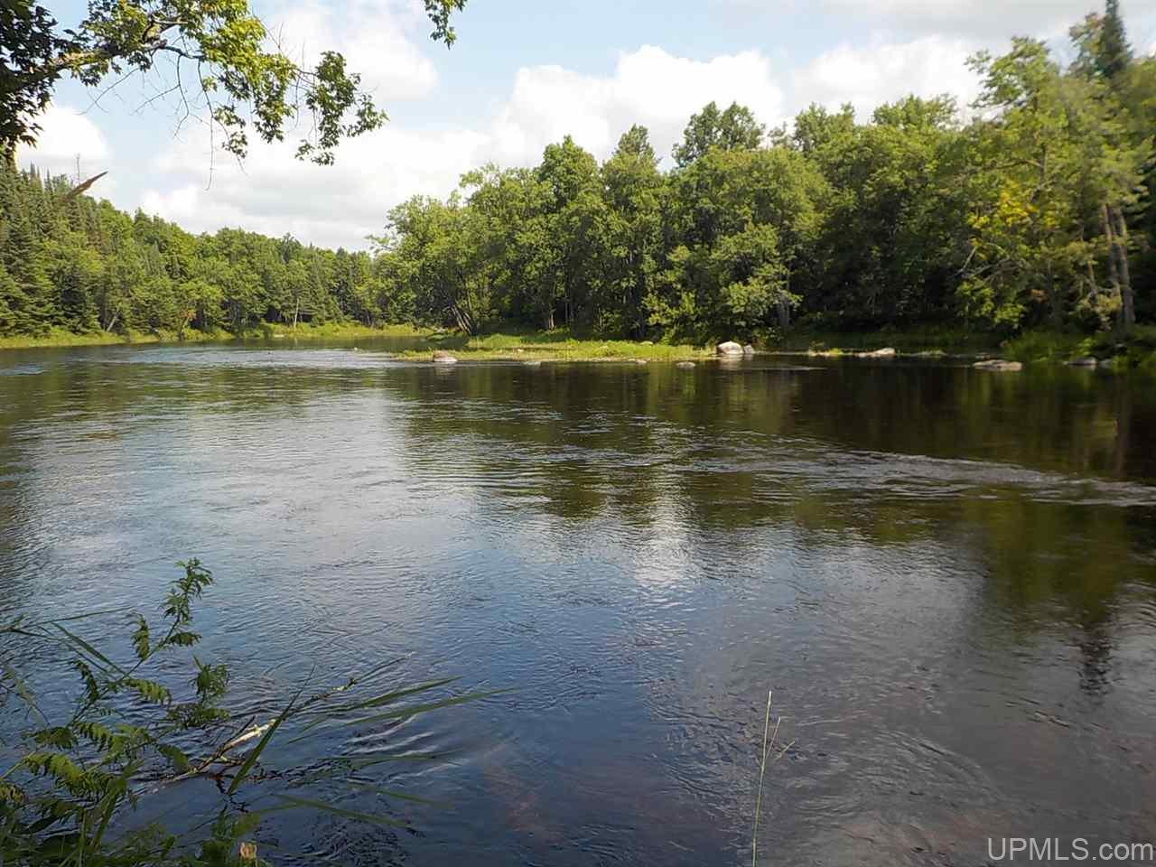 4 AC Wilderness Way, Crystal Falls, MI 49920