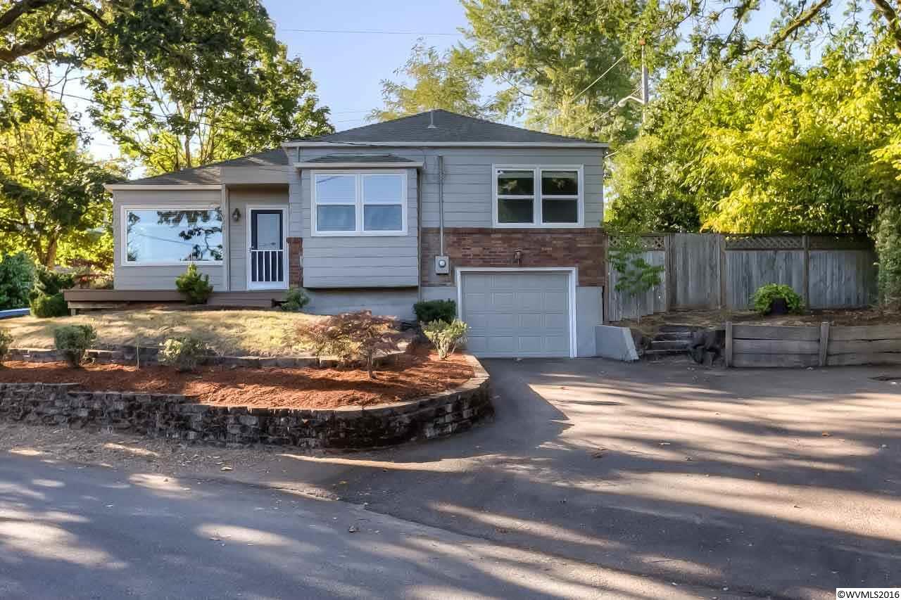 925 Terrace Dr, Salem, OR 97302