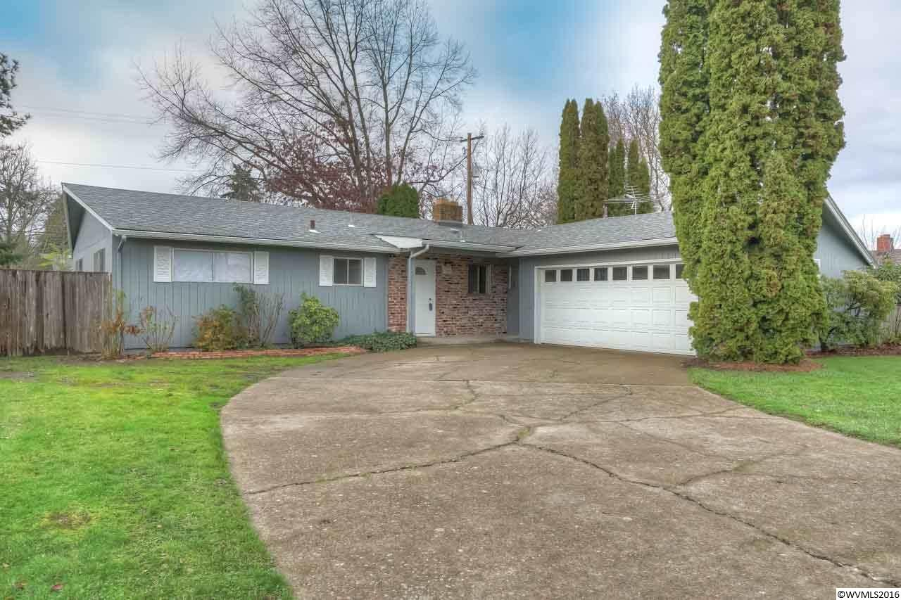 Accepted Offer with Contingencies. Original charm with many updates. Convenient to everything this well cared for 3 bedroom 1.5 bath house is close to Garfield Elem, Linus Pauling MS & Corvallis High, bus line & shopping! Recent updates include new roof, gutters, flooring, bathroom. Original charm of era with original hardwood floors plus retro style kitchen. Kitchen has new countertop, flooring & brand new appliances. This spacious single level is move in ready. Home is a must to see!