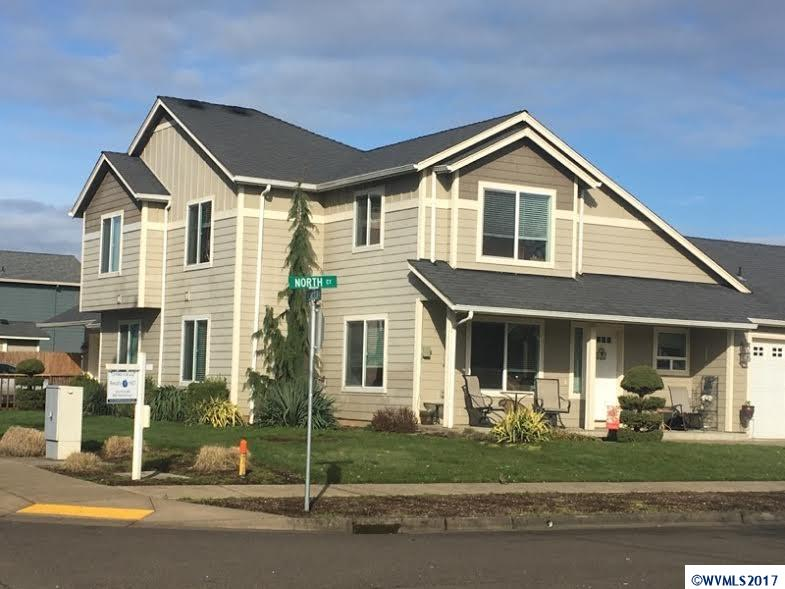 1695 W Lincoln St, Woodburn, OR 97071
