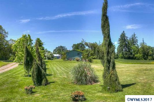 9295 Hultman Dr, Independence, OR 97351