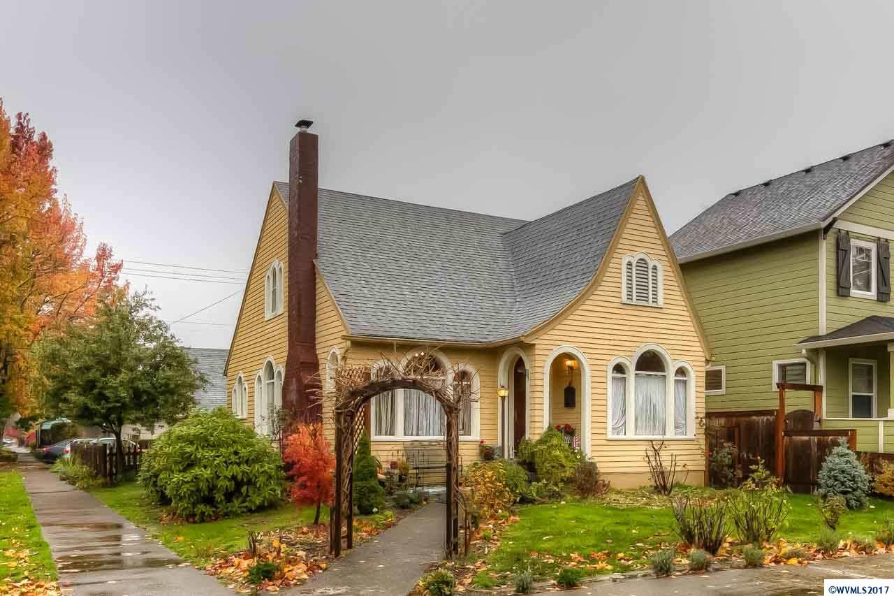 1305  Cottage Salem, OR 97301
