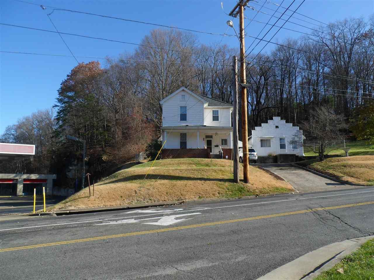 1315 Oakview Road