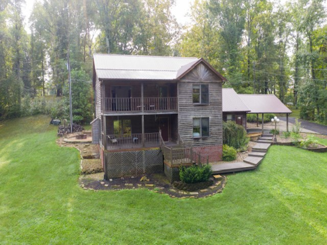 110 Woody Hollow