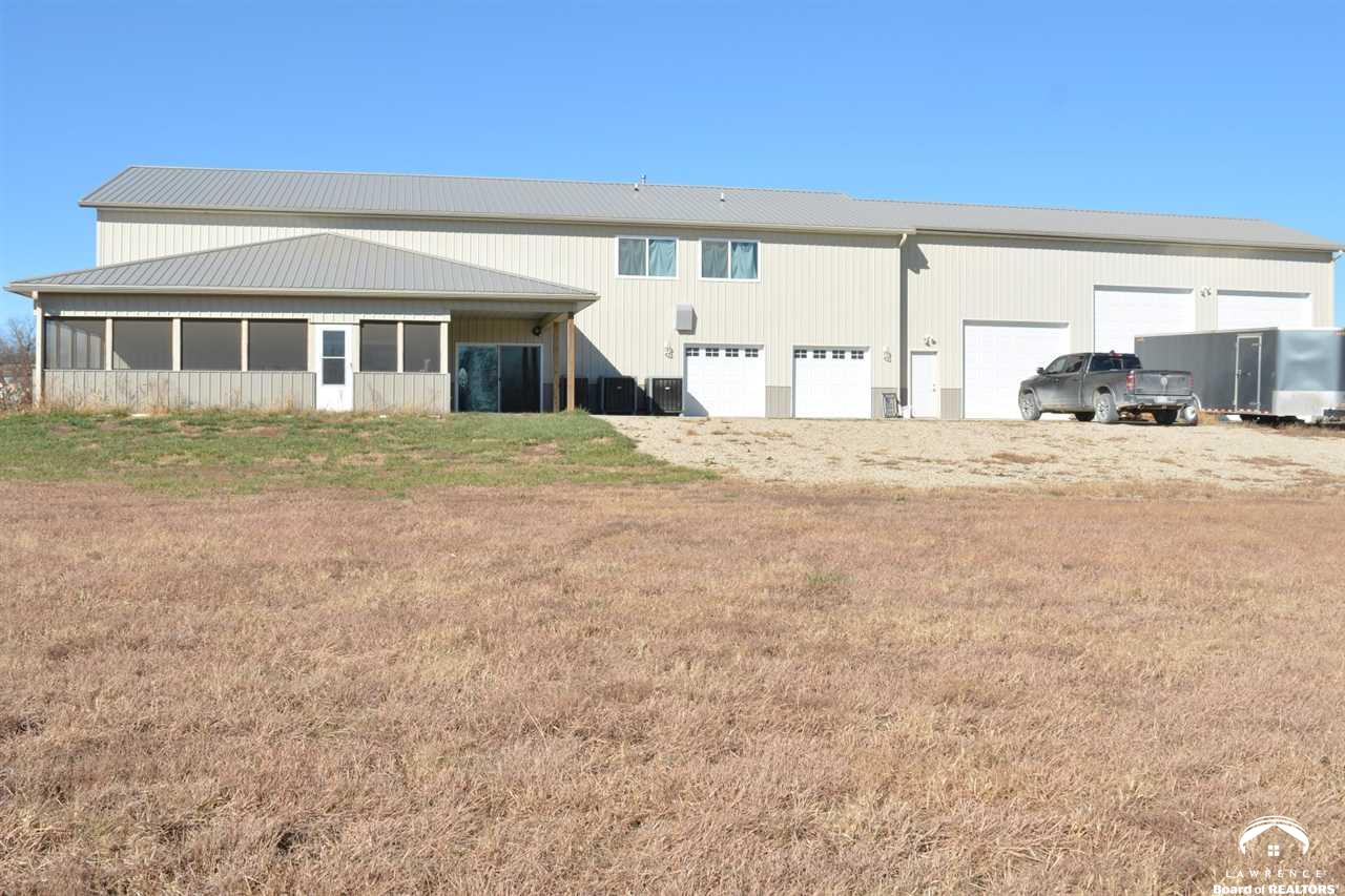 4593 189th, Overbrook, Kansas 66524, 4 Bedrooms Bedrooms, ,1 BathroomBathrooms,Residential,For Sale,189th,152837