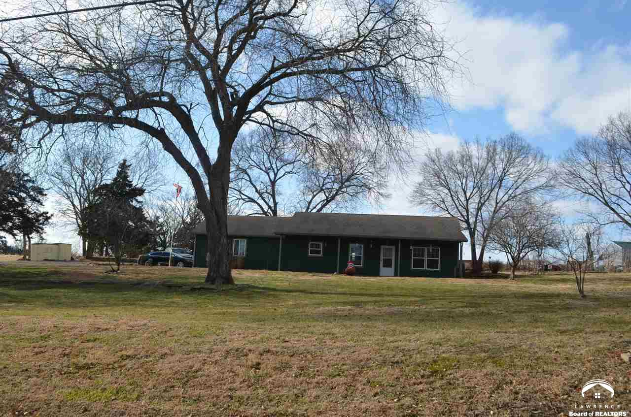 449 Whitfield, Lecompton, Kansas 66050, 2 Bedrooms Bedrooms, ,1 BathroomBathrooms,Residential,For Sale,Whitfield,153004