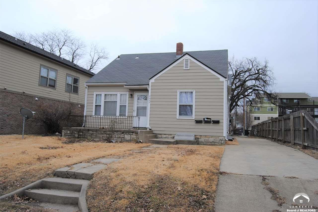 905 Bluemont, Manhattan, Kansas 66502, ,Multifamily,For Sale,Bluemont,153148
