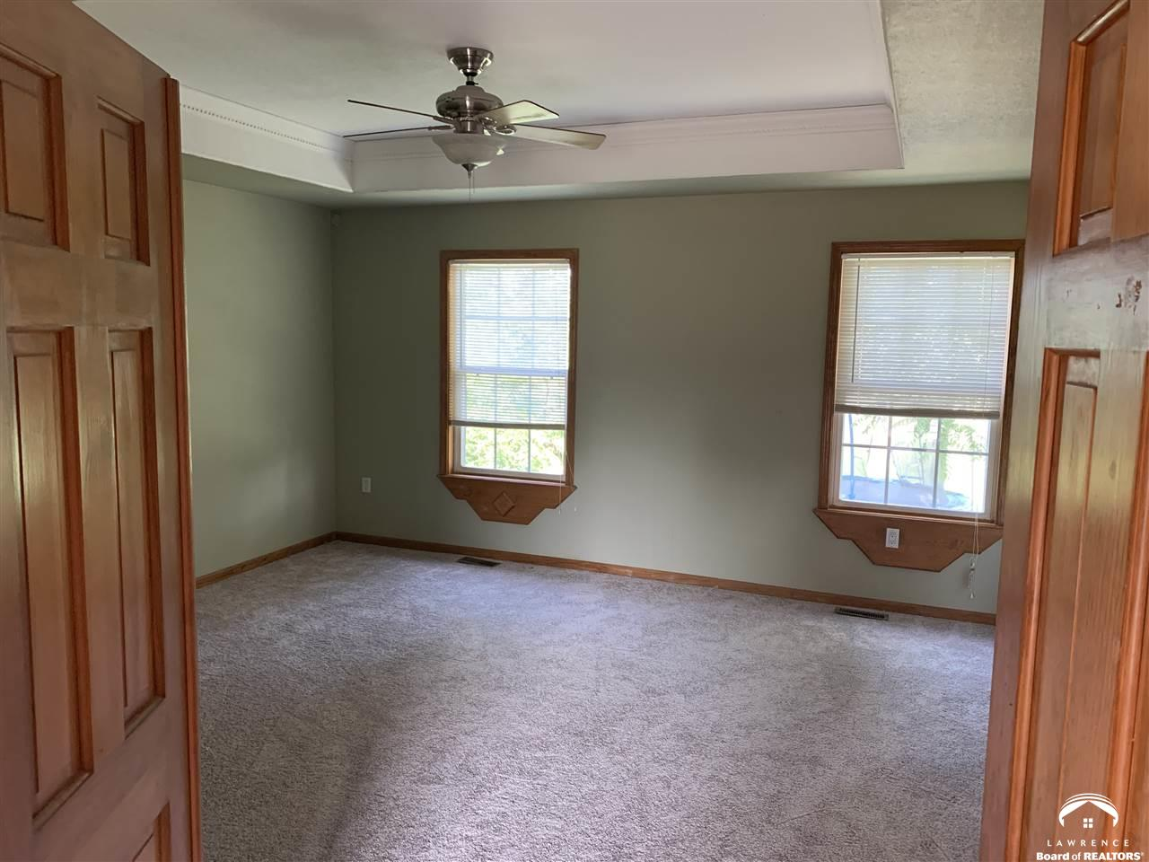 532 900, Lawrence, Kansas 66047, ,Residential,For Sale,900,153173