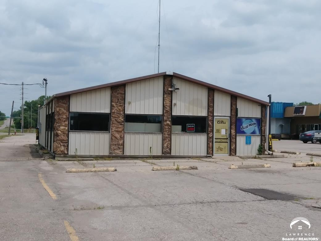 601 Cedar, Perry, Kansas 66073, ,Commercial/industrial,For Sale,Cedar,153242