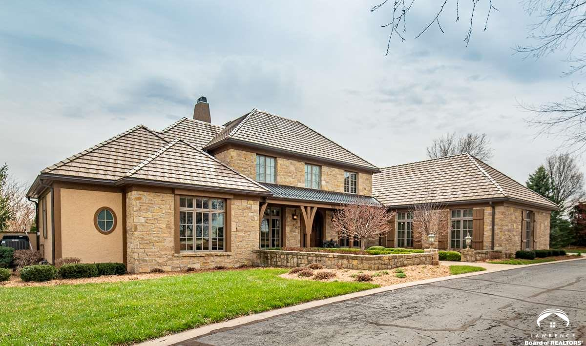 100 Fall Creek, Lawrence, Kansas 66049, 7 Bedrooms Bedrooms, ,5 BathroomsBathrooms,Residential,For Sale,Fall Creek,153544